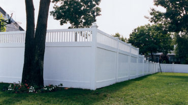 Montauk White Vinyl Fence