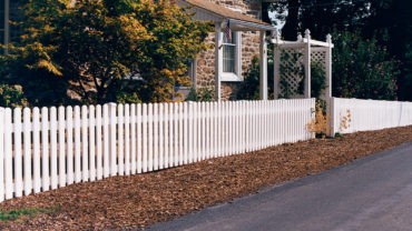 Hannibal Vinyl Fence