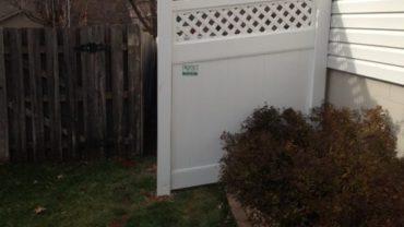 Hollingsworth 6' tall Vinyl Fence