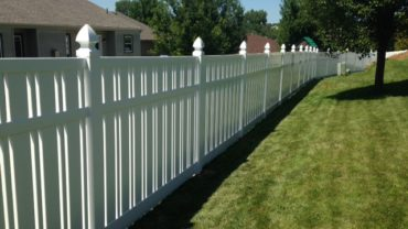 Kensington 6' Vinyl Fence with Gothic Caps
