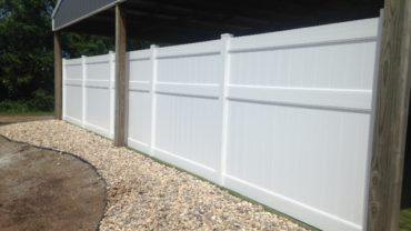 Lakeland 8' Vinyl Fence