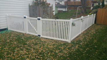Malibu 4' tall Vinyl Fence
