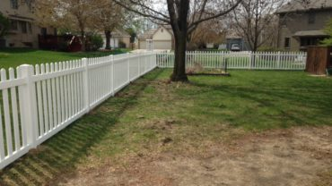 Missouri 4' tall Vinyl Fence