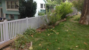 Rochester 4' Gray Vinyl Fence