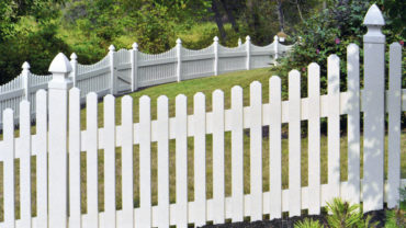 Springfield Vinyl Fence