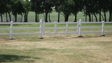 3 Rail Single Gate White Vinyl