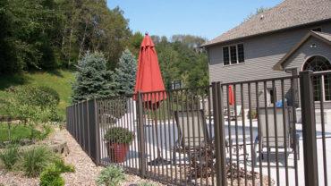 1220 Aluminum Fencing