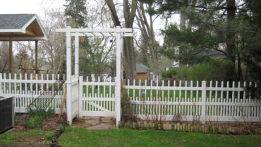 Brighton White Vinyl Fence