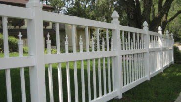 Clarendon White Vinyl Fence