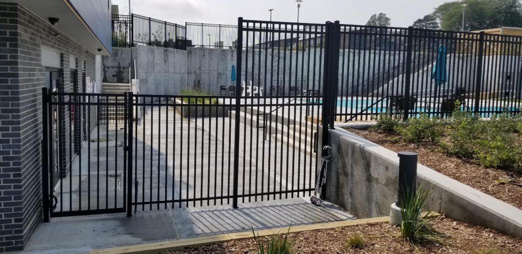 Commercial Courtyard Aluminum Fence around Pool