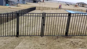Double Gate with Removable Post
