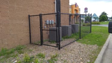 Black Chain Link 6' tall with Gate
